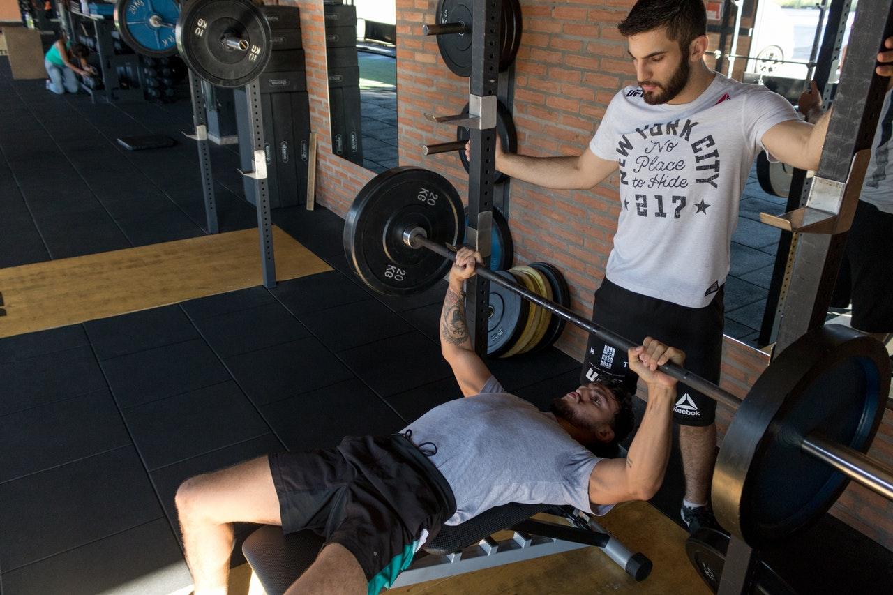Men lifting at the gym